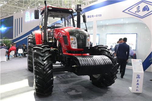 贵州省农机监理总站到平坝督促检查农机安全工作